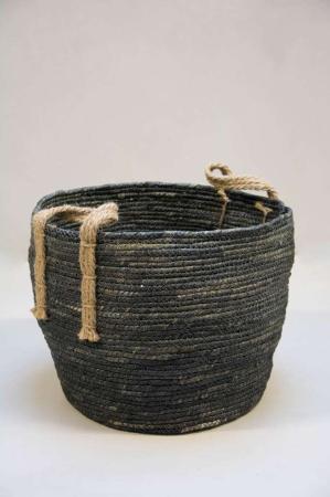 Blågrå tæppe kurv med jute hank - brædekurv