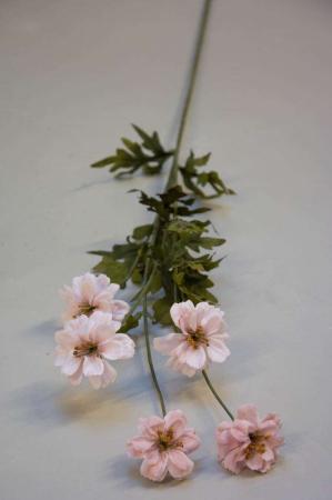 Kunstig blomsterkvist med lyserøde blomster